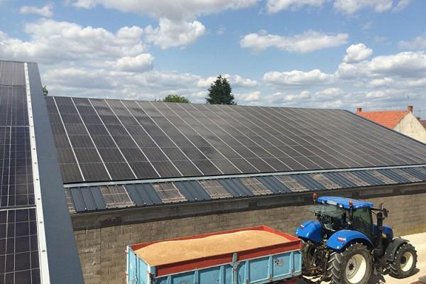 Centrale photovoltaïque<br>en Franche-Comté à Annoire (Jura) 90kWc